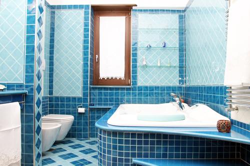 Bagni con piastrelle di vietri ~ idee di design nella ...