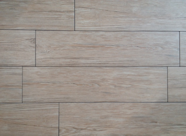 Gres porcellanato effetto legno 15x60 € 15,00 iva compresa - Arredo Bagno Val...