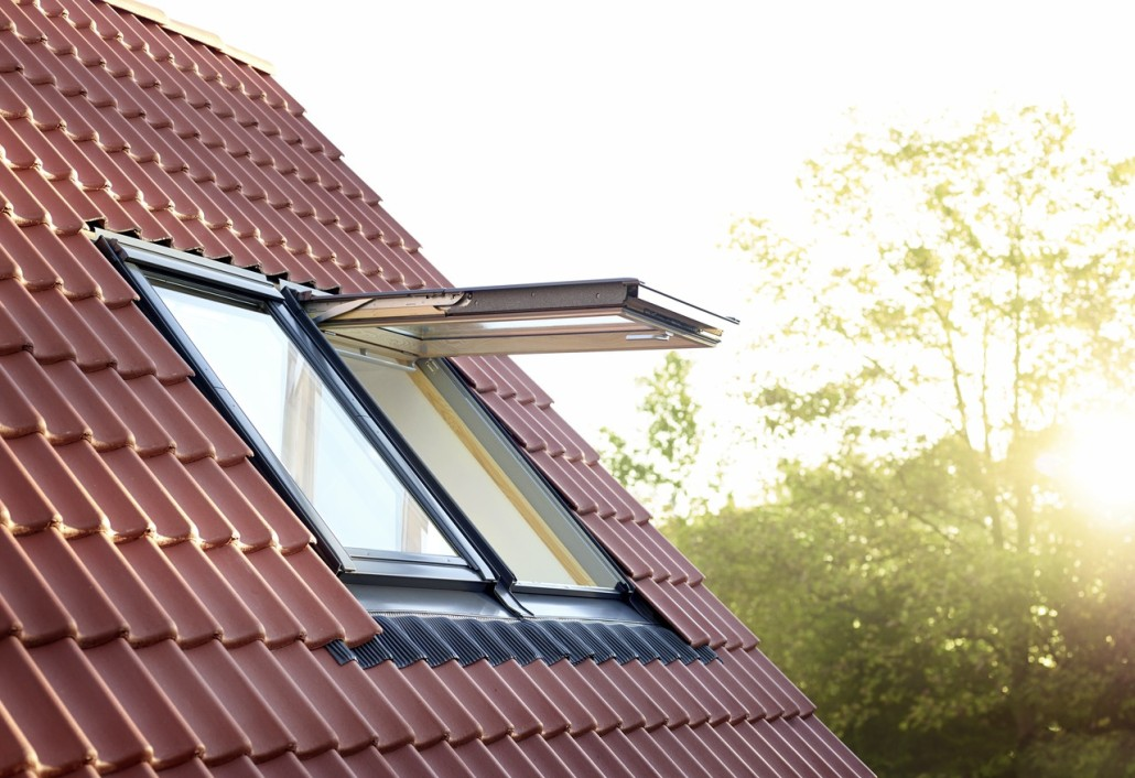 Velux nuova generazione finestre per tetti arredo bagno - Finestre per tetti velux ...