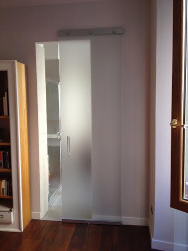Fornitura e montaggio porte da interno per appartamento in for Porte da interno roma